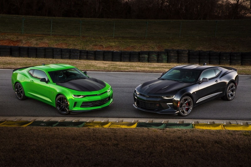 The 2017 Chevy Camaro will offer the 1LE track package for both V6 and V8 cars
