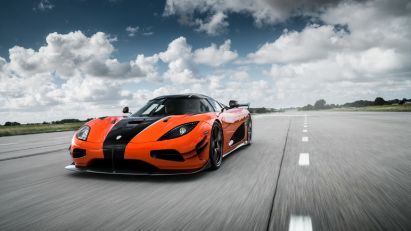 The luxurious Koenigsegg Agera XS is coming to the U.S.!