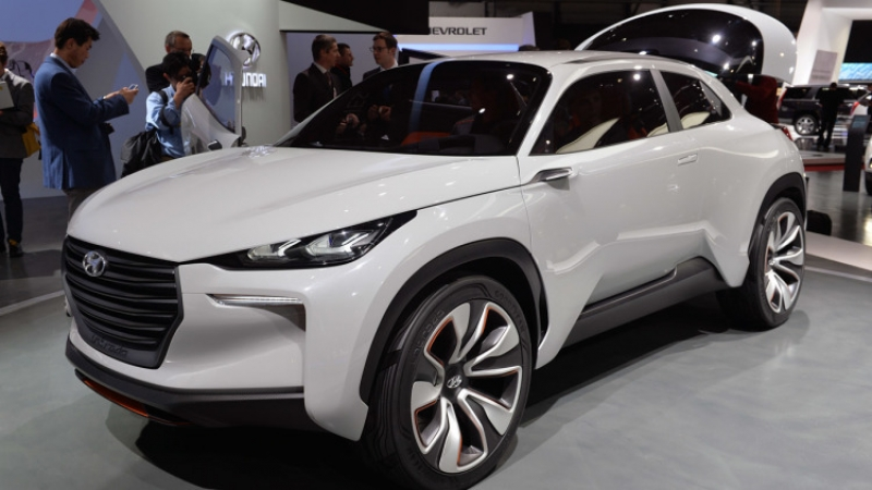 Hyundai aims to launch the all-new hydrogen-powered CUV by 2018!