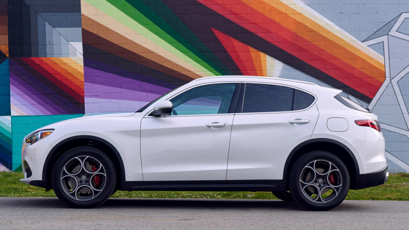 Alfa Romeo will launch a larger version of its Stelvio SUV