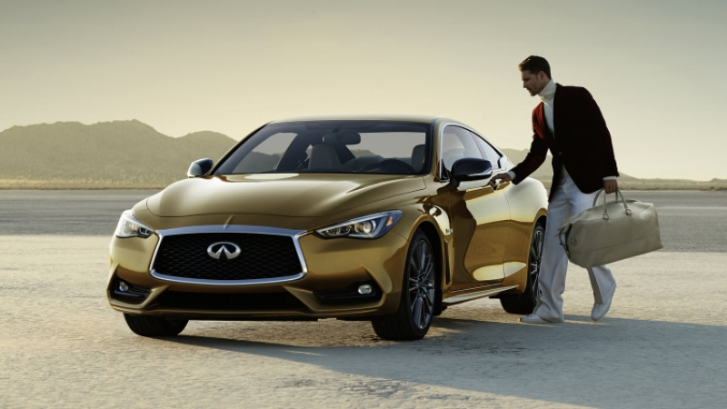 The 2017 Infiniti Q60 is ready for the Christmas season!