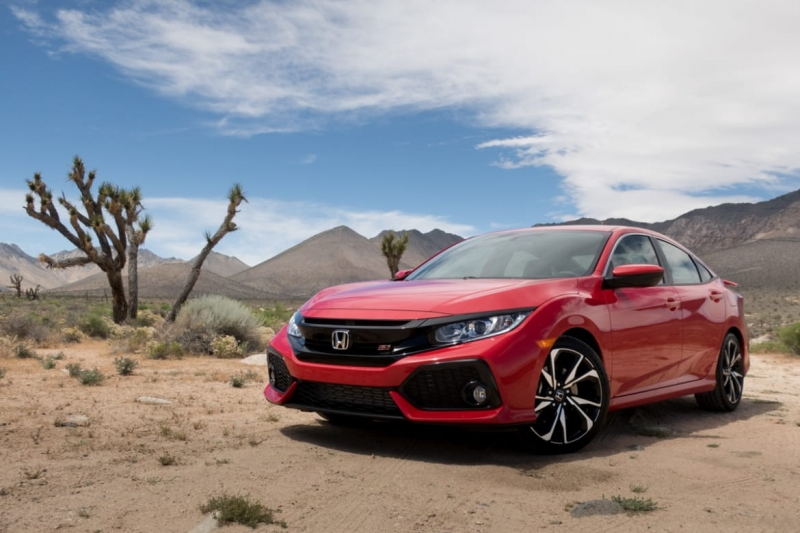 Meet the all-new 2017 Honda Civic Si Coupe – fast and fearsome!