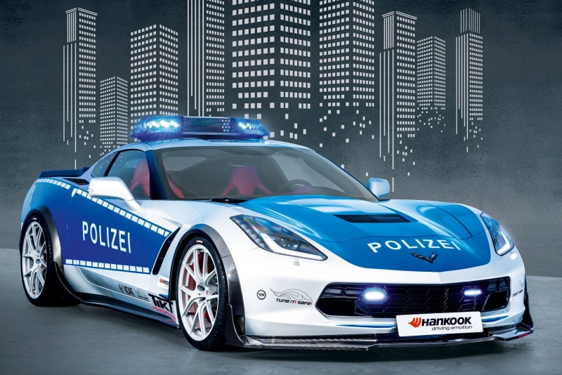 A Chevrolet C7 Stingray transformed into a police car