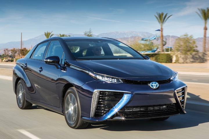 The arrival of Toyota's hydrogen car Mirai