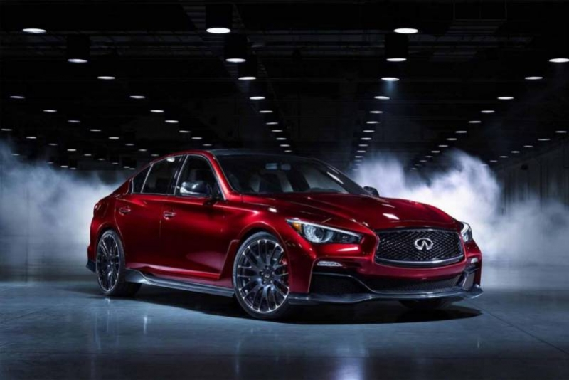 Infiniti Q50 and Infiniti QX80 Signature Edition