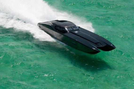 Corvette Carbon Fiber Inspired Powerboat
