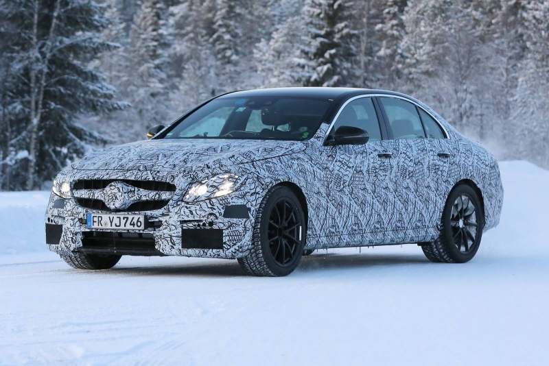 Spying the new 2017 Mercedes-AMG E 63 tested in northern Sweden