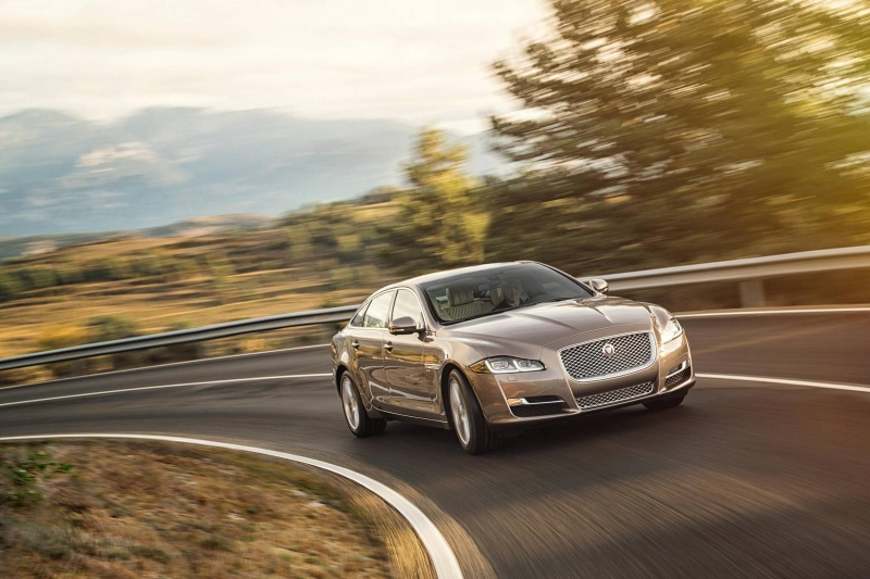 Jaguar will replace its luxury limousine XJ with a new model