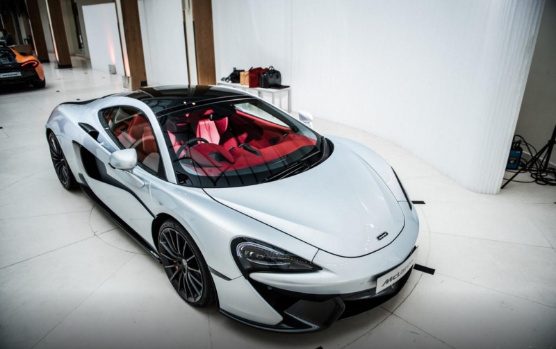 The most luxurious McLaren ever to have been built - McLaren 570GT
