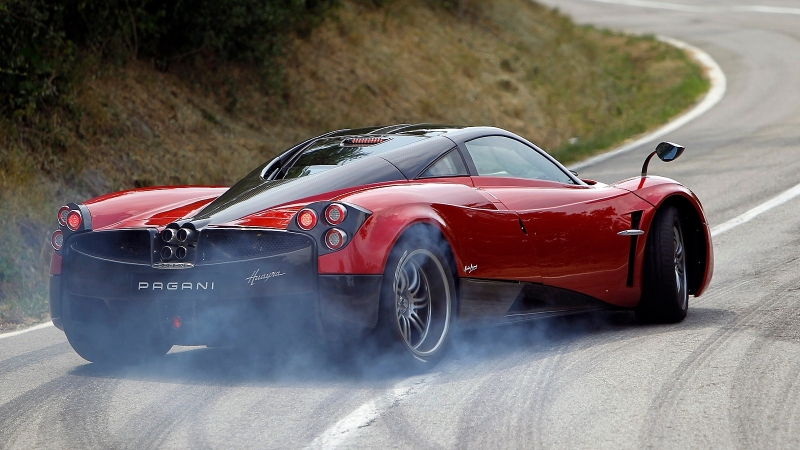 The 2017 Pagani Huayra breaks the