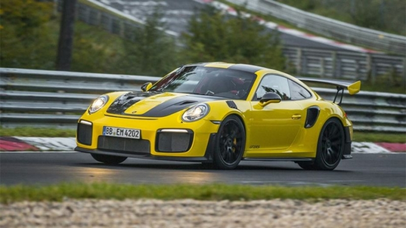 Porsche GT2 RS: The fastest 911 ever built