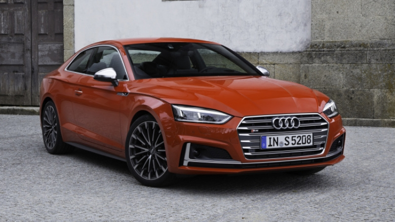 The 2017 Audi S5 Coupe looks stunning!