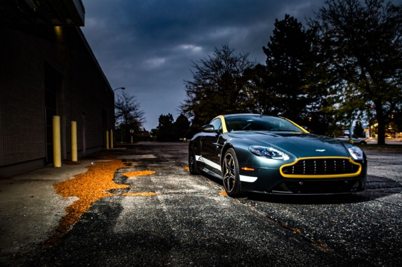 What is there noteworthy about the sporty 2016 Aston Martin Vantage GT?!