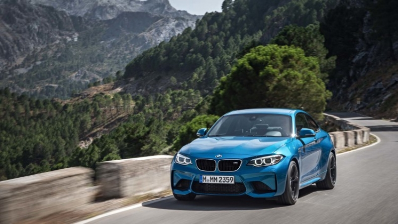 The 2017 BMW M2 Performance Edition finally revealed