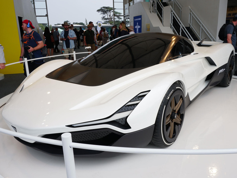 India's First Supercar Revealed With Jet Turbine Power