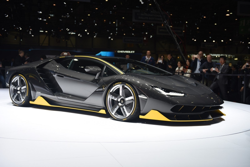 Lamborghini Centenario uncovered at the Geneva Motor Show 2016