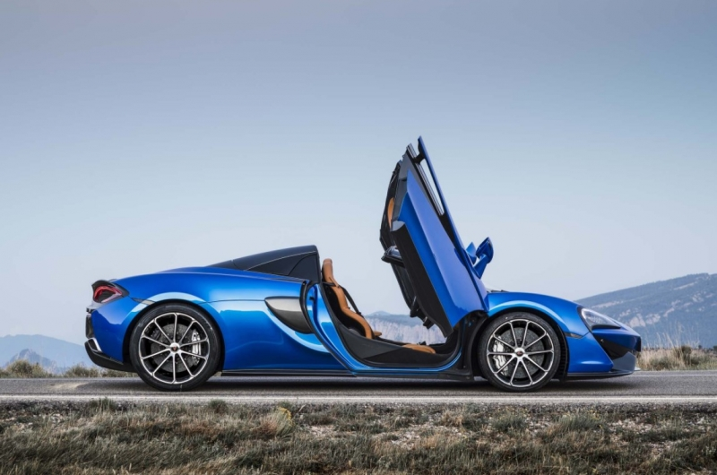 A sweet breeze: 2018 McLaren 570S Spider First Drive